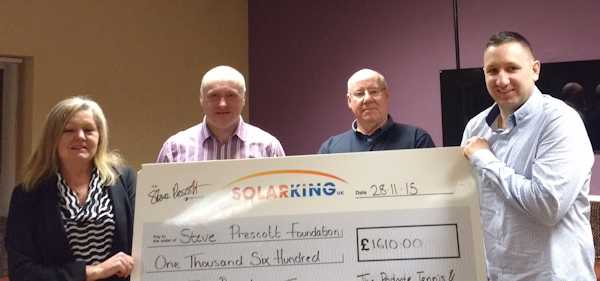 Padgate Tennis and Bowling Club donate a Magnificent £1610 to the SPF